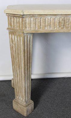 román stílusú bútor Entryway Tables, Furniture, Home Decor, Decoration Home, Room Decor, Home Furnishings, Arredamento, Entry Tables, Interior Decorating