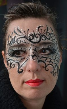 . . . Halloween Eye Makeup, Maquillage Halloween, Adult Face Painting, Body Painting, Rosto Halloween, Masquerade Mask Makeup, Mask Face Paint, Glitter Face, Face Painting Designs