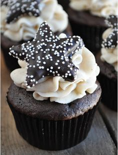 Mexican Hot Chocolate Cupcakes by Lemon-Sugar