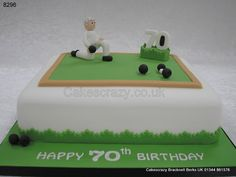 Lawn bowls cake white with a green covered top large 70 woods and jack and bowls playing modelled character Bowling Birthday Cakes, 90th Birthday Cakes, Dad Birthday, Birthday Ideas, Big Cakes, Fancy Cakes, Green Cake, Sport Cakes, Bowl Cake