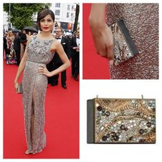 Freida Pinto looked gorgeous accessorizing with Swarovskis Oscar clutch at the Cannes Film Festival. #SwarovskiCannes