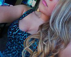 dirty blonde hair with fine platinum blonde highlights
