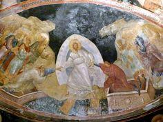 Pintura mural en el parakklesion de San Salvador de Chora. En la escena de Anástasis, Cristo vestido de blanco y con triple mandorla agarra de las manos a Adán y Eva para sacarlos de sus tumbas. Las puertas del infierno han sido echadas a bajo y una figura maniatada a sus pies representa el Hades.