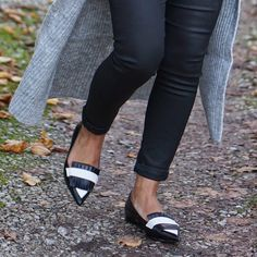 Mission;Style: Oversized Knit - LOVE! Pointed monochrome loafers