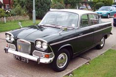 Humber Sceptre. My favourite of the Rootes Group cars with possibly the Sunbeam Alpine.