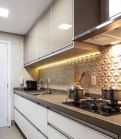 Image may contain: kitchen and indoor Kitchen Cabinets Decor, Kitchen Tiles, Kitchen Furniture, Kitchen Dining, My Kitchen Rules, Kitchen Sets, Kitchen On A Budget, Modern Kitchen Design, Interior Design Kitchen