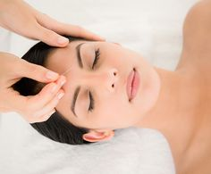 Cosmetic Acupuncture for Skin Issues - DermStore