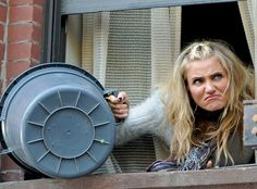 Cameron Diaz Dumps Trash, Gives One Serious Frown as Miss Hannigan on Annie Set