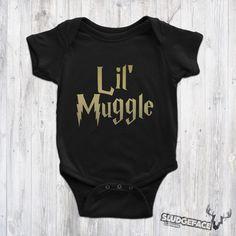 Harry Potter Lil' Muggle Bodysuit / Cute Harry Potter Baby Harry Potter Glasses, Cute Harry Potter, Harry Potter Dementors, Baby Suit, Suits, Trending Outfits, Cool Stuff, Etsy, Clothes
