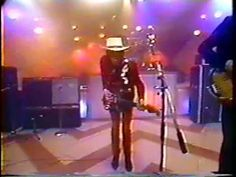 ▶ Stevie Ray Vaughan 1985 03 31 Easter Seals Telethon Voodoo Chile - YouTube