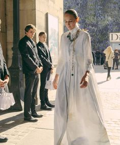 Leelee Sobieski in Dior at Paris Fashion Week SS 2016 // Phil Oh for Vogue