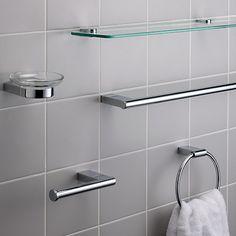 white wooden free standing bathroom cabinet bathroom. Black Bedroom Furniture Sets. Home Design Ideas
