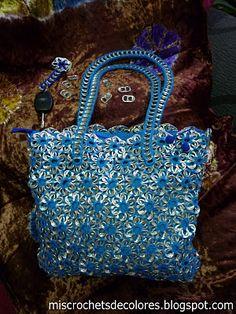 Mis crochets de colores: bolso y llavero de chapas ♡