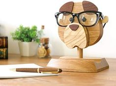 Artistic(TM - Handmade Wooden Spectacle Holder Eyeglass Holder Dog Display Stand for Home Office Desk Decor Accessories, 7 inches(H), Best Eyeglass Holder You can Ever Have! Wood Pallet Wine Rack, Wood Pallets, Easy Woodworking Projects, Woodworking Plans, Woodworking Essentials, Router Projects, Woodworking Machinery, Wood Dog, Small Wood Projects