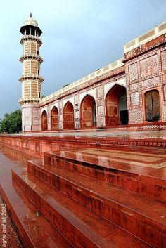 Tomb of Jahangir. Lahore, Pakistan.