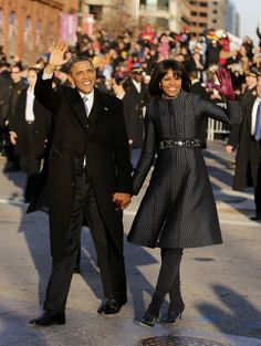 President Barack Obama & First Lady Michelle Obama (Inauguration Parade) Michelle Obama Fashion, Michelle And Barack Obama, Black Presidents, American Presidents, Presidents Usa, Laetitia Casta, Joe Biden, Jackie Kennedy, Gwyneth Paltrow