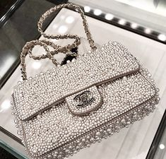 A Chanel handbag is anticipated to get trendy. Trend has a fantastic impact on us all specially on those well off. So how could you get a Chanel handbag? Luxury Bags, Luxury Handbags, Chanel Handbags, Purses And Handbags, Chanel Purse, Chanel Bags, Ladies Handbags, Satchel Handbags, Chanel Boy Bag