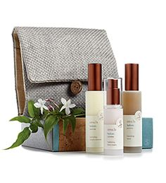 Tread lightly with sustainable skincare tucked in an organic hemp and woven straw travel bag. Amala Hydrate Spa Valise Set replenishes and sustains skinís moisture level with organic Egyptian Jasmine, renowned for its nourishing, smoothing and antioxidant benefits for skin. Amala's certified organic Jasmine is cultivated and custom distilled in Egypt by their own fair trade farm partner.