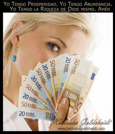 Afirma; Lleno mi mente de Abundancia y Prosperidad http://decretosyafirmaciones.com/pensar-en-abundancia/