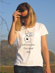 T-shirt ręcznie malowany z psem rasy schnauzer z napisem jaki tylko chesz.