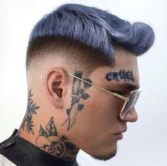 Haircut by 👉 🔥⚡️✂️ ▪️ For More Hairstyles - visit page below 👇 ▪️ ➡️ ➡️ ➡️ ➡️ ➡️ ——————————————————— Mens Hair Colour, Hair Color Purple, Hair Dye Colors, Cool Hair Color, Cool Haircuts, Cool Hairstyles, Hairstyles Haircuts, Natural Wrinkle Remedies, Haircut Fails