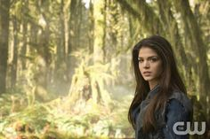 The 100 -- Image: HU01_CC_Octavia_2837 -- Pictured: Marie Avgeropoulos as Octavia -- Photo: Cate Cameron/The CW -- © 2014 The CW Network. All Rights Reserved.