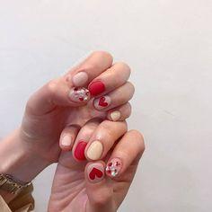 # by 네일더예쁘다 - 네일하기 전에, 젤라또 Korean Nail Art, Korean Nails, Trendy Nails, Cute Nails, Mani Pedi, Pedicure, Baby Nails, Short Nails Art, Japanese Nails