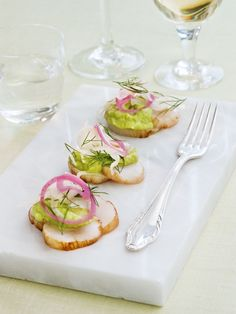 Seared scallops with asparagus cream and pickled fennel - blogs.sweden.se !