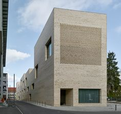 Gallery of City Library Heidenheim / Max Dudler - 22
