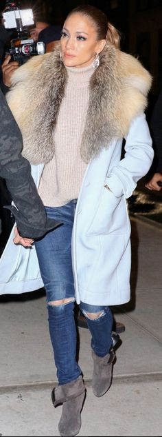 Who made  Jennifer Lopez's blue coat, white tote handbag, and brown suede ankle boots?