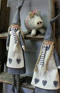 these dolls are so cute Doll Crafts, Diy Doll, Christmas Sewing, Sewing Dolls, Waldorf Dolls, Scandinavian Christmas, Soft Dolls, Fabric Dolls, Softies