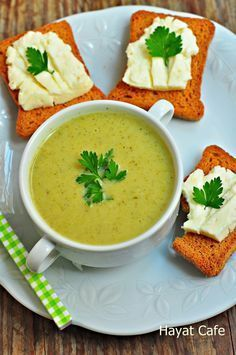 sütlü-brokoli-corbasi