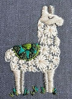 Rufe dies Drama an! The post Rufe das Drama an! appeared first on DIY Pr… Rufe dies Drama an! The post Rufe das Drama an! appeared first on DIY Pr…,Sticken und Nähen. Simple Embroidery, Hand Embroidery Stitches, Modern Embroidery, Embroidery Hoop Art, Hand Embroidery Designs, Cross Stitch Embroidery, Embroidery Ideas, Crewel Embroidery, Hand Stitching