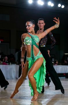 Ballroom Figure Skating Dress Inspiration for Designs Latin Ballroom Dresses, Ballroom Dancing, Latin Dresses, Ballroom Costumes, Dance Costumes, Baile Jazz, Dance Dreams, Salsa Dress, Salsa Dancing