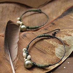 Beautiful bohemian jewelry. (photo via Garden Dub)