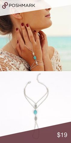 Linked Turquoise and Sliver Ring Bracelet 1 pc gorgeous antique silver linked ring and bracelet hand jewelry with a gorgeous turquoise oval bead and two floral decorative metal beads. Perfect for the beach or to add to a casual outfit. Jewelry Bracelets