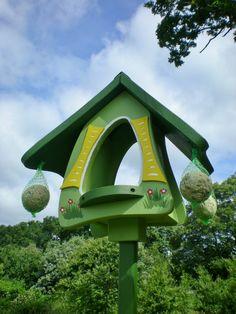 Original Die Vogelvilla, Futterhobbit, Futterhaus, Vogelhaus, grün