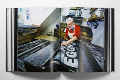 Alan Kitching's life in letterpress will brighten up your bookshelves | Typorn.org