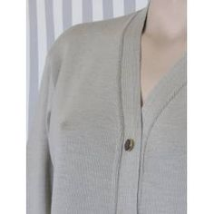 Knitted Cardigan with Pockets - Beige Beige Cardigan, Knit Cardigan, High Collar, Basic Colors, Body Shapes, Cable Knit, Classic Style, Button Downs, Knitwear