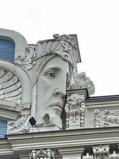 Nouveau Detail Art Nouveau > this bit shows the more cluttered end of Nouveau style.Art Nouveau > this bit shows the more cluttered end of Nouveau style. Architecture Art Nouveau, Amazing Architecture, Art And Architecture, Architecture Details, Art Nouveau Design, Design Art, Graphic Design, Belle Epoque, Art Nouveau Arquitectura