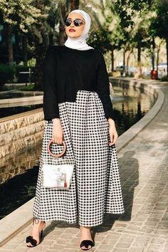 Hijab Fashion Selection of special veiled trendy looks . - Hijab Fashion Selection of special veiled trendy looks - Modest Fashion Hijab, Modern Hijab Fashion, Muslim Women Fashion, Hijab Casual, Fashion Outfits, Modest Dresses, Modest Outfits, Hijab Outfit, Ootd Hijab