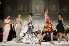 The fashion of Oscar de la Renta