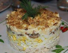 Салат «Сказка» из курицы, грецких орехов, шампиньонов, чернослива слоями – В РИТМІ ЖИТТЯ