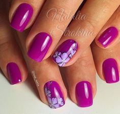 How to make a pretty Christmas tree pattern easily - My Nails Dark Pink Nails, Purple Acrylic Nails, Fancy Nails, Cute Nails, Pretty Nails, Fingernail Designs, Nail Art Designs, Vacation Nails, Nails Only