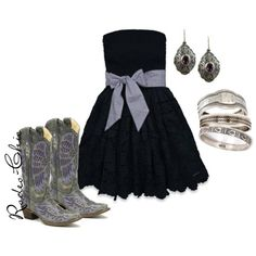 Strapless lace dress with Corral wing cowboy boots, purple cowboy boots, western Casual Dress Outfits, Cowgirl Outfits, Summer Dress Outfits, Western Outfits, Cute Outfits, Cowgirl Fashion, Country Style Dresses, Country Outfits, Country Fashion