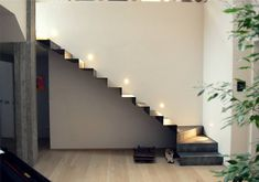Iron Staircase, Staircase Railings, Staircase Design, Stairways, Stairs In Living Room, House Stairs, Minimalist House Design, Minimalist Home, Stairs Architecture