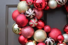 DIY Holiday Craft Ideas. I would love to do this! Hot glue gun here I come!