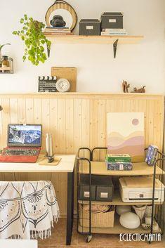 Editar la entrada < Eclecticmanía — WordPress Home Office, Decor, Furniture, Home, Standing Desk, Corner Desk, Home Decor, Desk