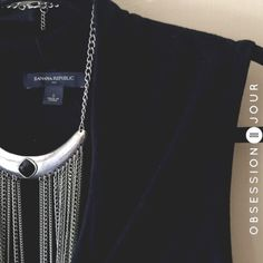 "OFFER $13 | Banana Republic Draped Neck Top EUC • Flattering neckline • Versatile •  Sheer   Measurements: Length 26"" • Chest 30""   Fabric: Rayon 100% Banana Republic Tops"