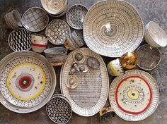 Suzanne Sullivan Ceramics click the image or link for more info. Ceramic Clay, Ceramic Plates, Ceramic Pottery, Pottery Painting, Ceramic Painting, Suzanne Sullivan Ceramics, Susan Sullivan, Keramik Design, Keramik Vase